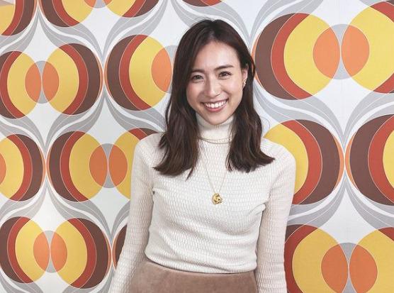 笹川友里のメイクとファッション